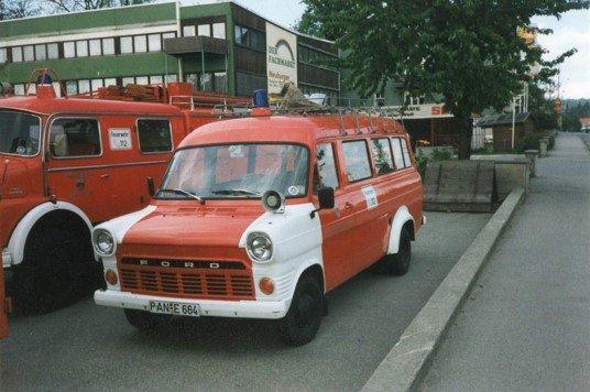 Tragkraftspritzenfahrzeug – Mannschaftstransportfahrzeug
