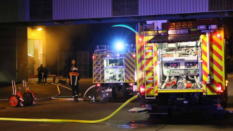 Brand auf Betriebsgelände