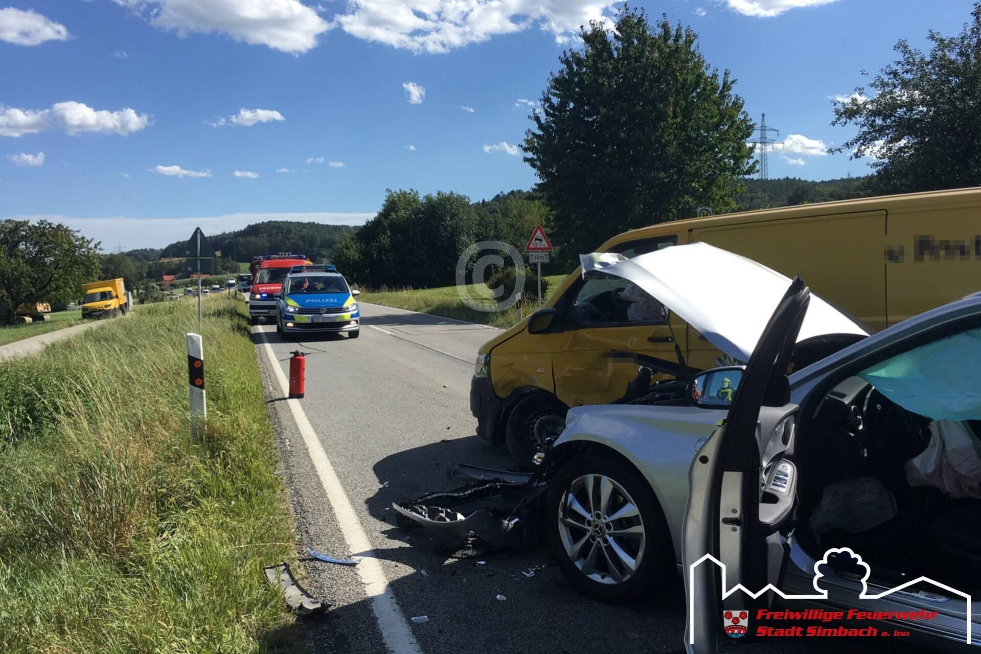 Verkehrsunfall mit zwei PKWs 26.08.2020 (2)