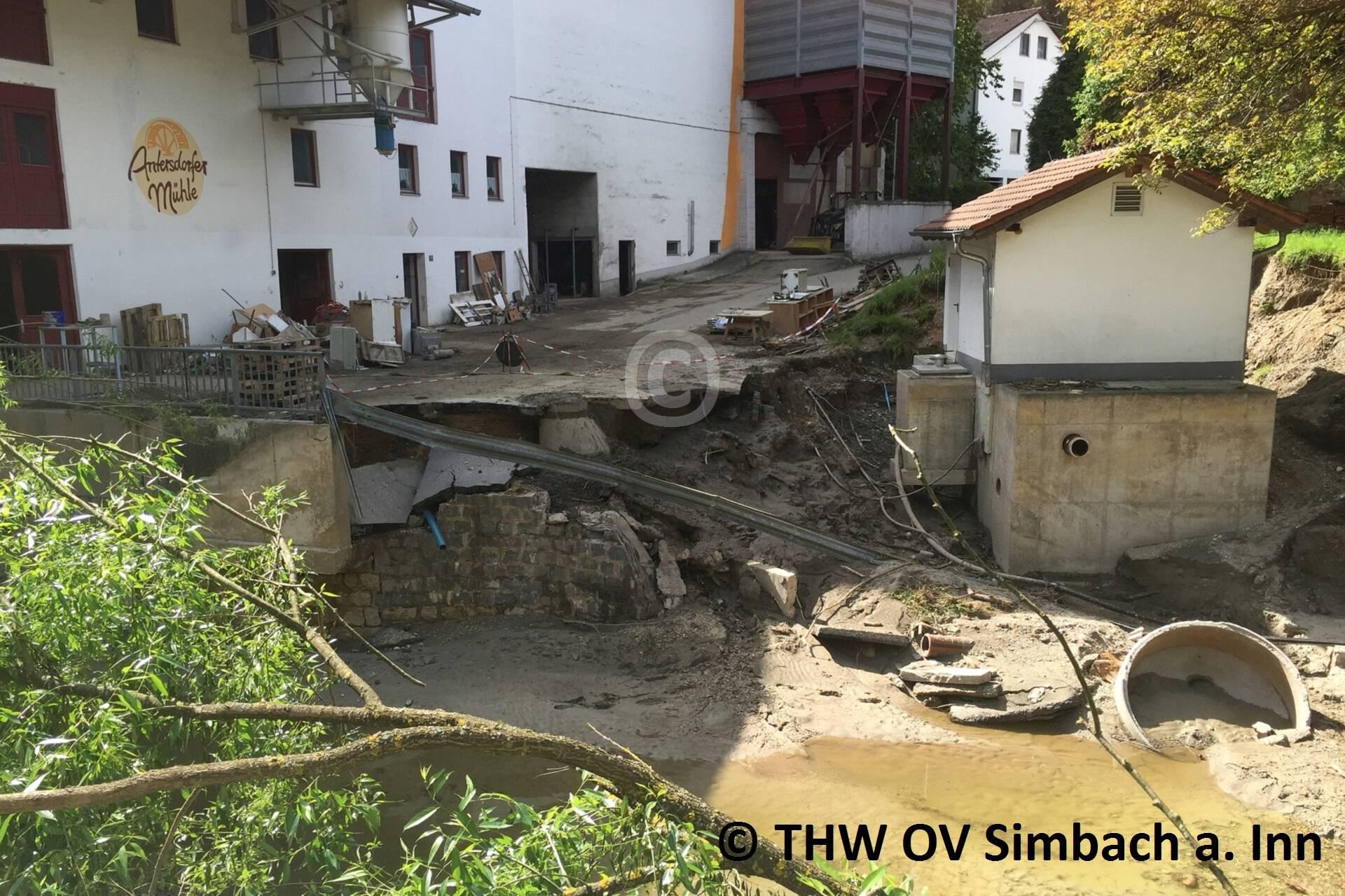 Auch in den Außenbezirken entstand enormer Schaden (1)