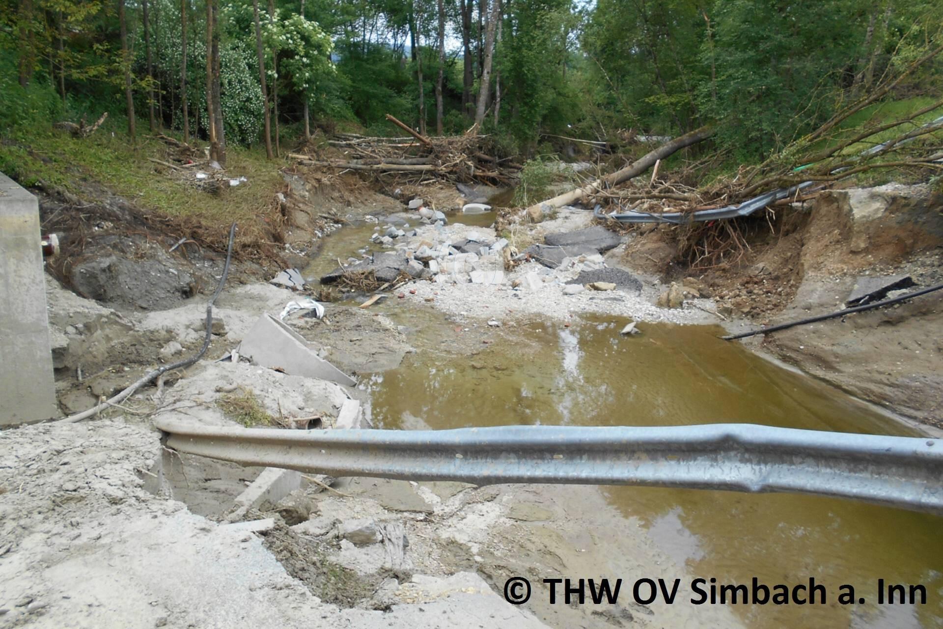 Auch in den Außenbezirken entstand enormer Schaden (2)