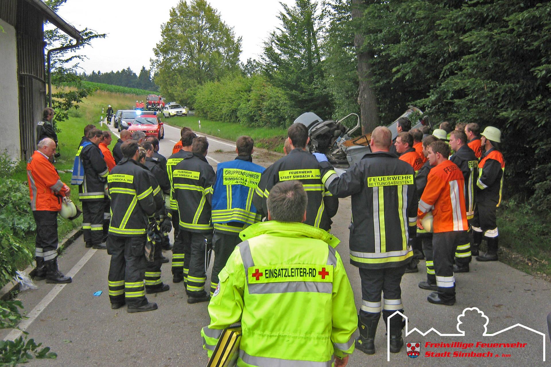 Verkehrsunfall Oberlangwied 03.07.2011 (10)