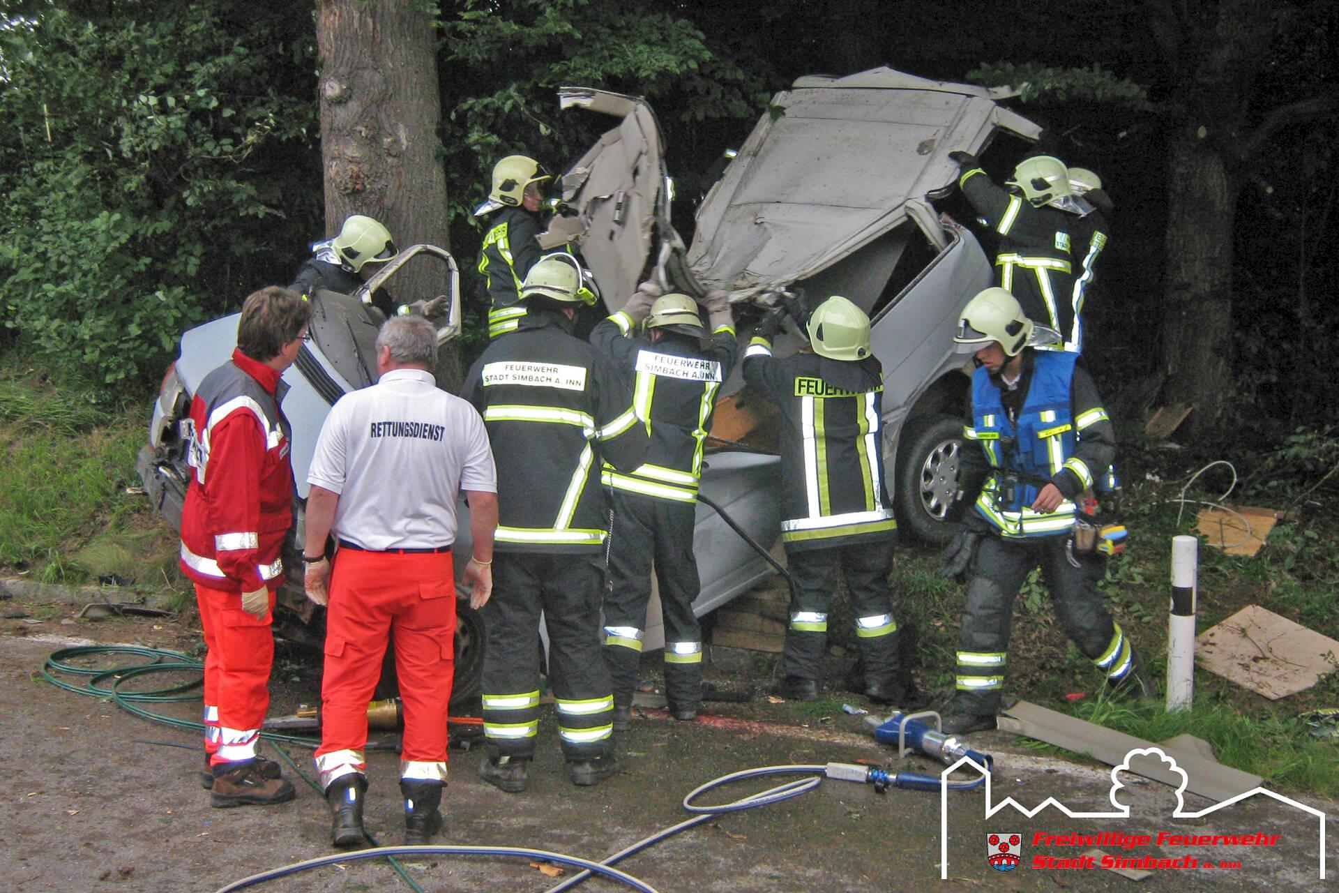 Verkehrsunfall Oberlangwied 03.07.2011 (4)